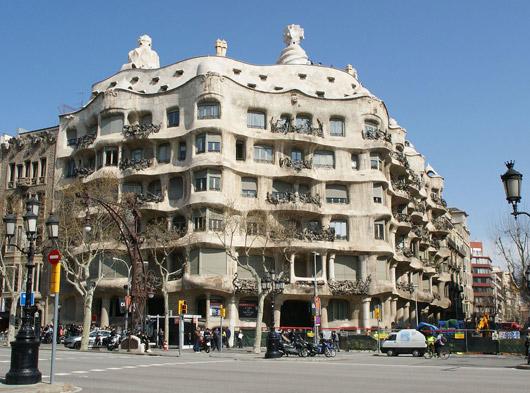 Barcelona_Casa_Mila-gaudi