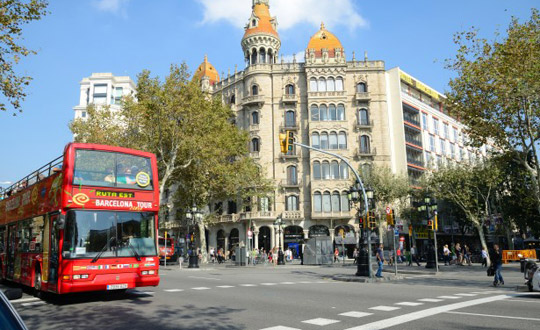 Barcelona_Hop-on-Hop-off-bus