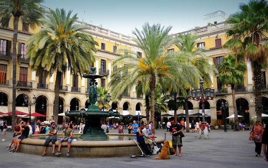 Barcelona_La_Rambla_placa-reial