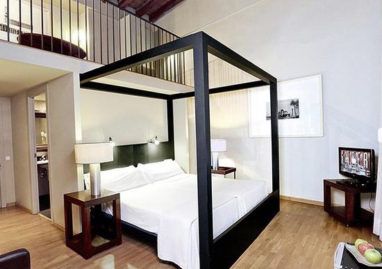 Barcelona_hotel-Banys-Orientals--g.jpg